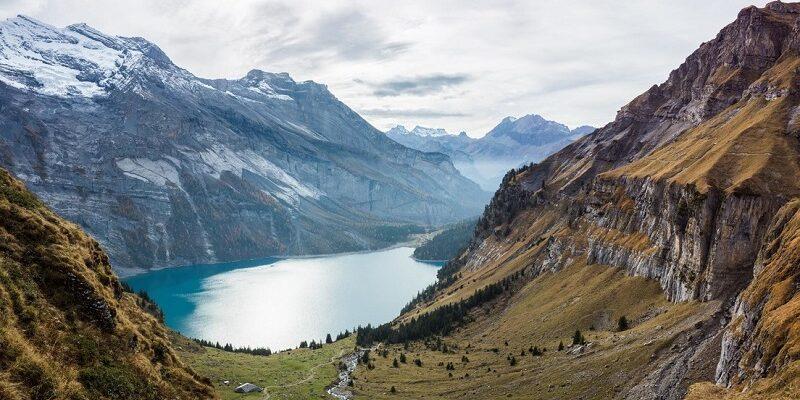 Descubren 33 virus activos de 15.000 años de antigüedad en los glaciares del Tíbet