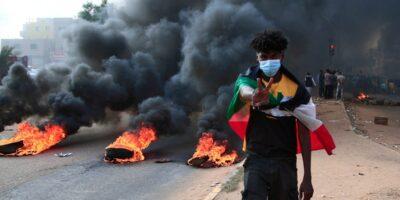 Militares declaran golpe de Estado en Sudán