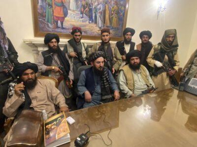 Rusia podría excluir a los talibanes de su lista de terroristas