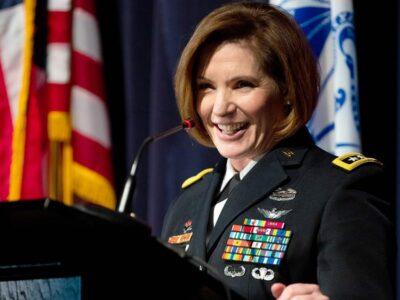 El Sumario - Laura Richardson será la primera mujer a cargo del Comando Sur