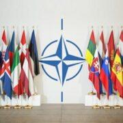 OTAN expulsó a ocho diplomáticos rusos por espionaje