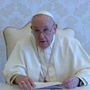 """El Sumo Pontífice destacó que las vacunas no pueden ser administradas como """"limosnas"""""""