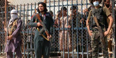 AI denuncia devoluciones y cierre de fronteras en torno a Afganistán